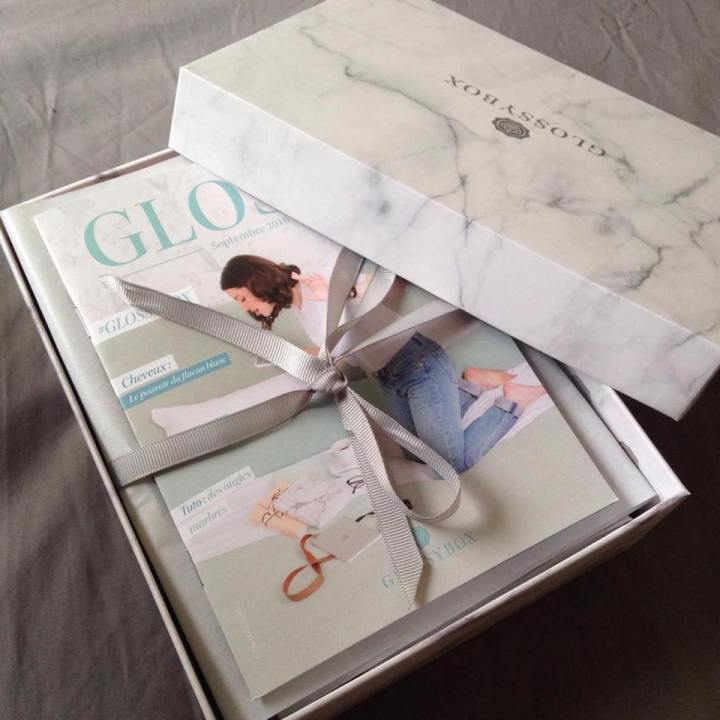 Glossybox septembre instabox ouverture.jpg