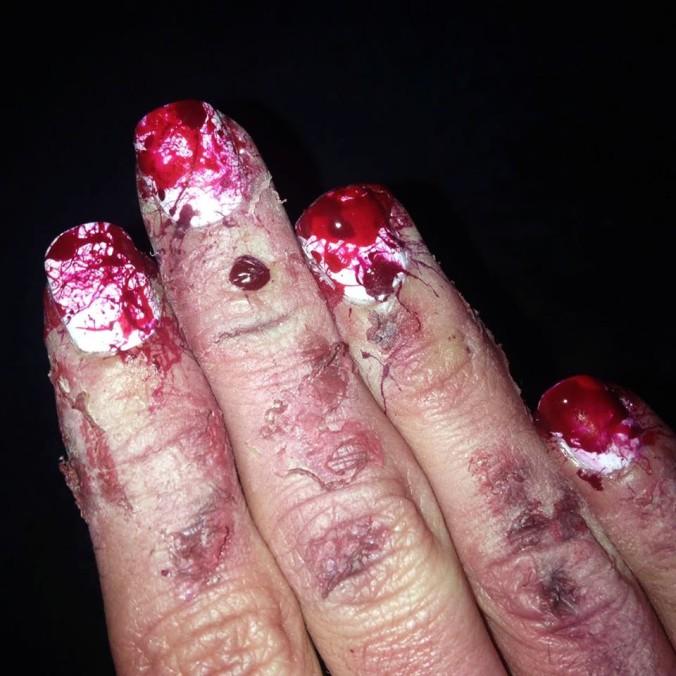 nail-art-ensanglante-et-makeup-fx-6