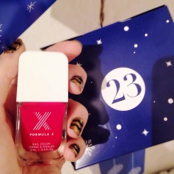 produits-calendrier-de-lavent-glossybox-23