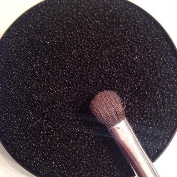eponge-nettoyante-pour-pinceau-sephora-7