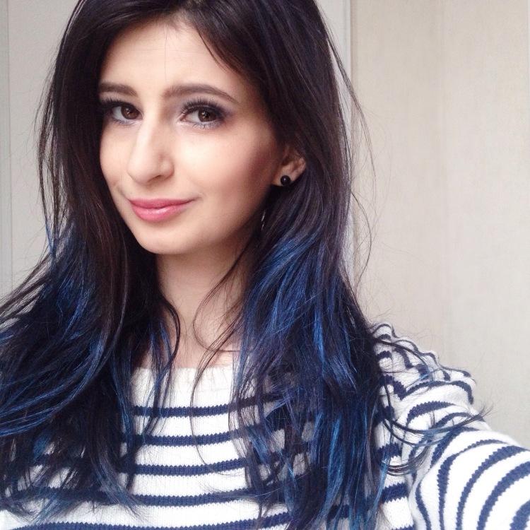 maquillage-bleu-glacier-msc-tilt-et-ploof-de-mac-spray-colorista-loreal-bleu-pastel-3