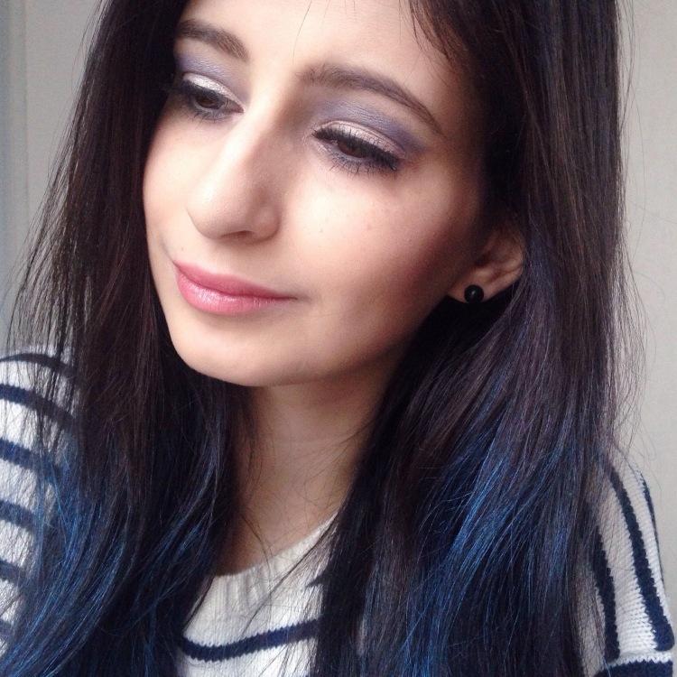 maquillage-bleu-glacier-msc-tilt-et-ploof-de-mac-spray-colorista-loreal-bleu-pastel-4