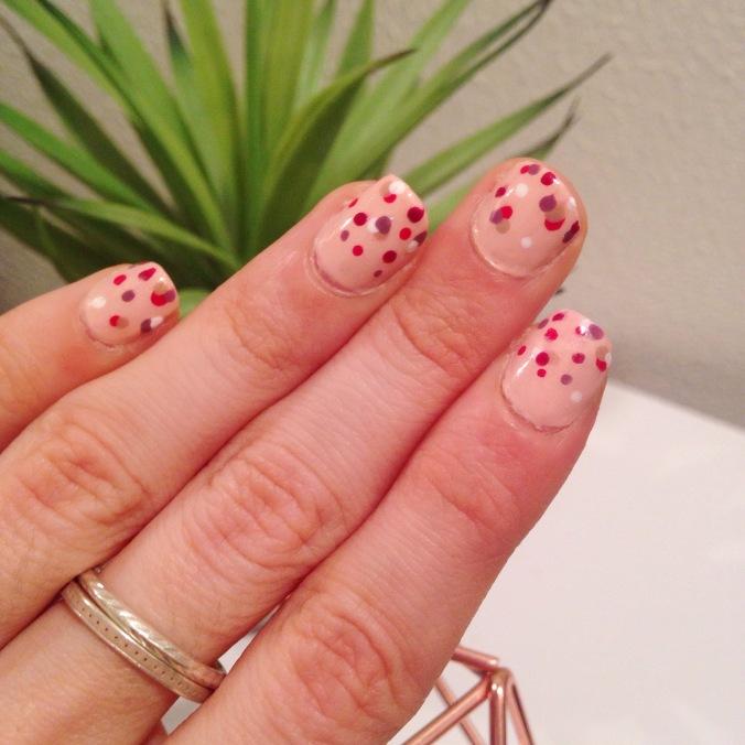 nail art st valentin confettis - nailsinc formula x yves rocher essie lollipops (5).JPG