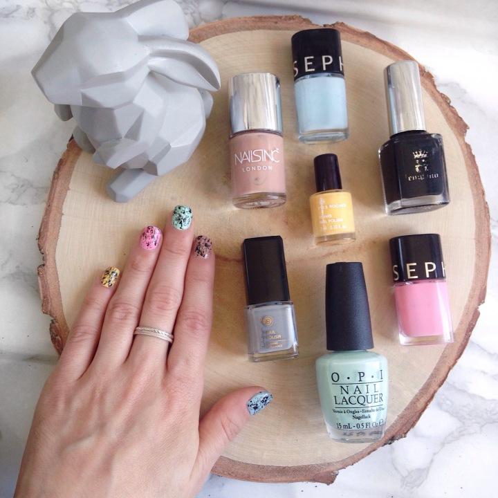 Nail art Oeufs de Pâques Pastel Tachetés (5)
