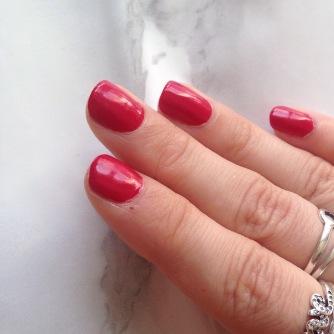 Mani Marker de L'Oréal Paris (401 Red) - Main (après)