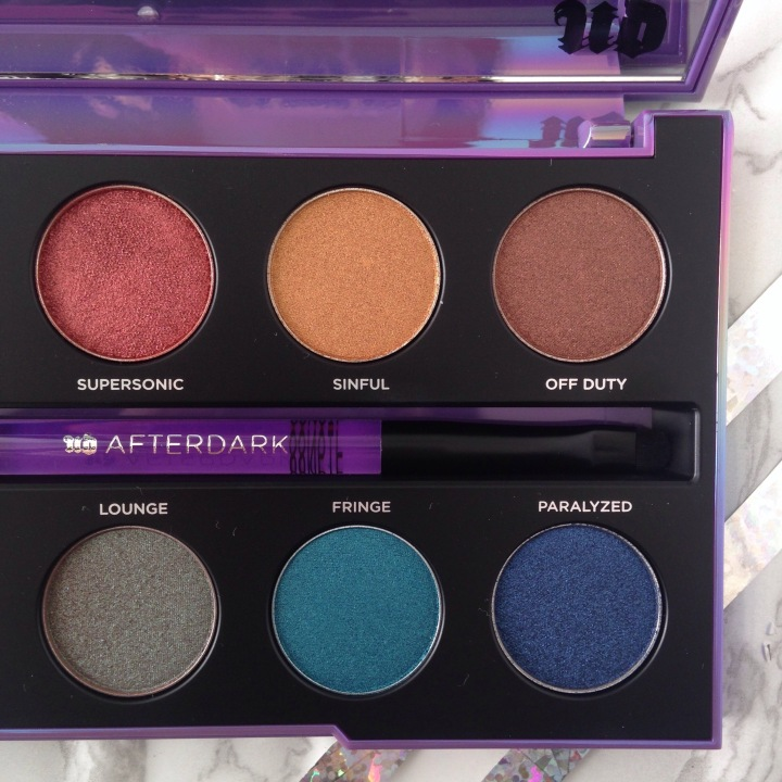 Palette Afterdark d'Urban Decay Fards zoom (2).jpg
