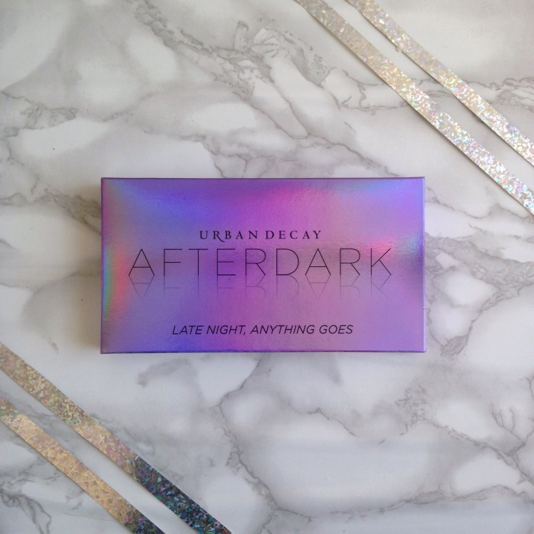 Palette Afterdark d'Urban Decay Packaging cartonné (1).jpg