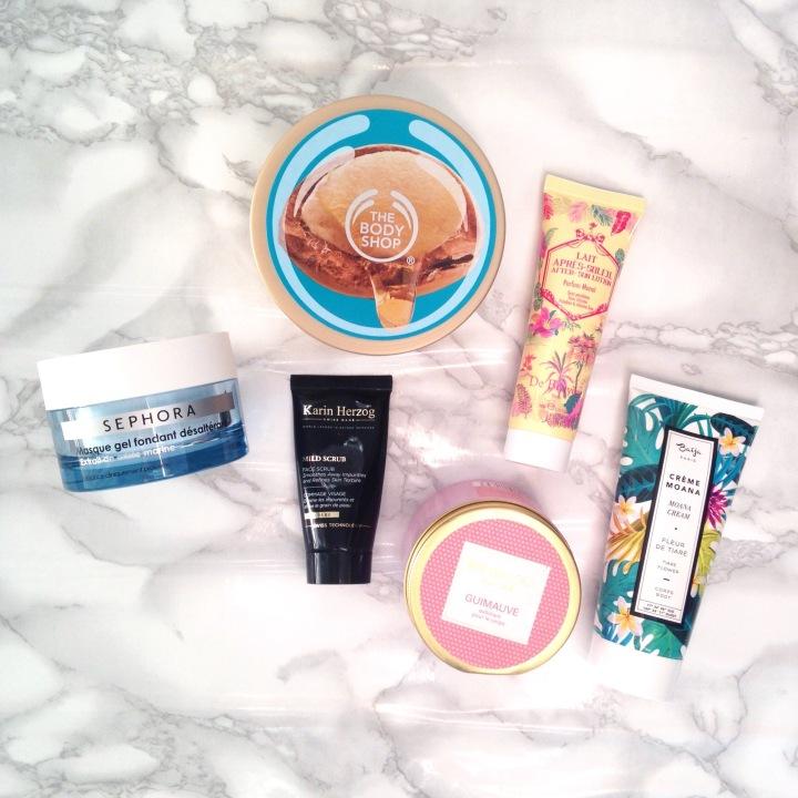 Essentiels de l'été, sélection de produits hydratants, beurre corporel The Body Shop, masque Sephora, gommage Nocibé...