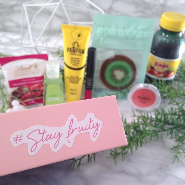 Glossybox Fruity Juin 2017 Sélection de produit (1)