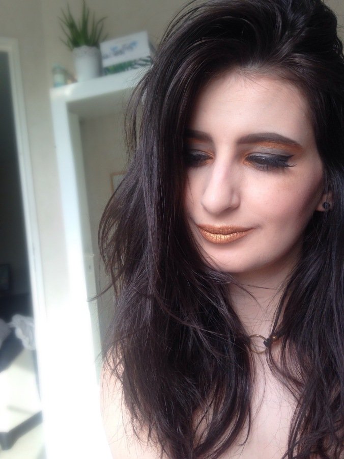 Maquillage Monday Shadow Challenge Anthracite et Or (Naked 2, Afterdark) (13).jpg