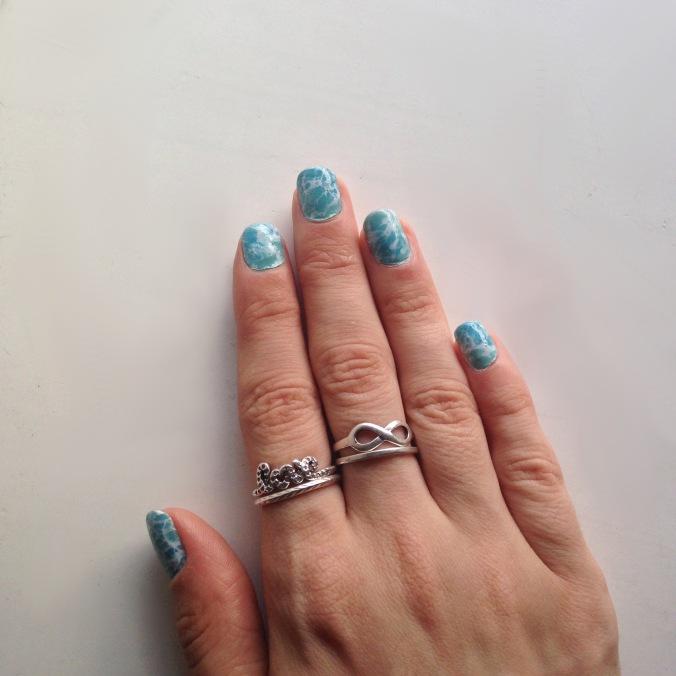 Nail art watermarble écume de mer (4).jpg
