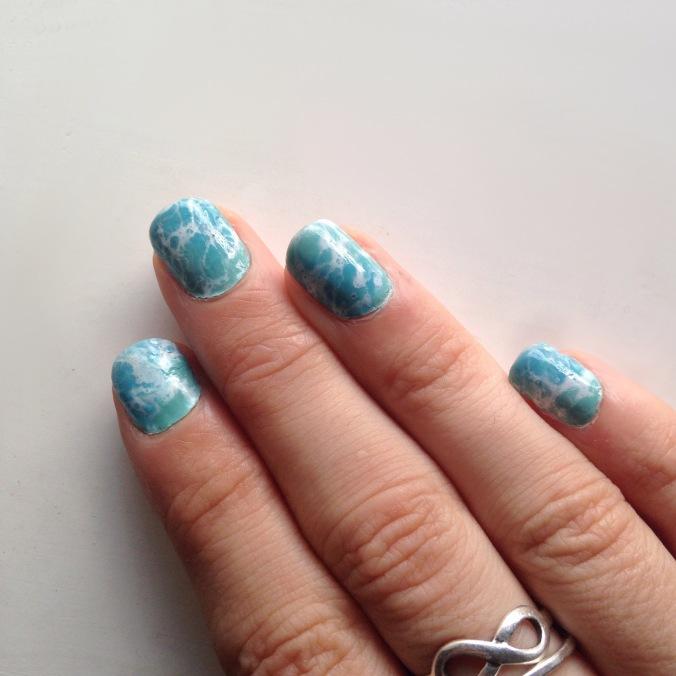 Nail art watermarble écume de mer (5)