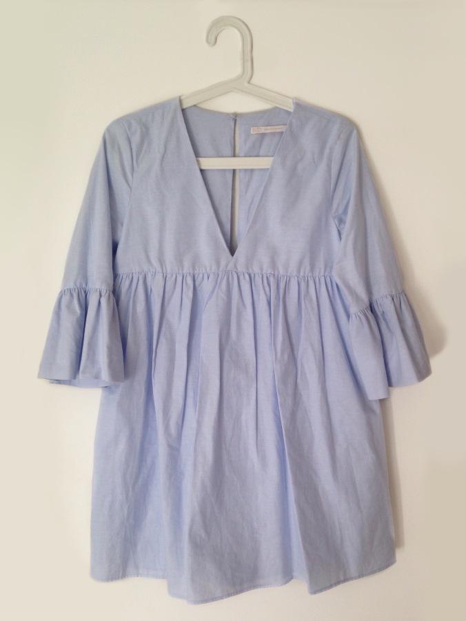Robe XS bleu ciel volants 29,95€ (1)