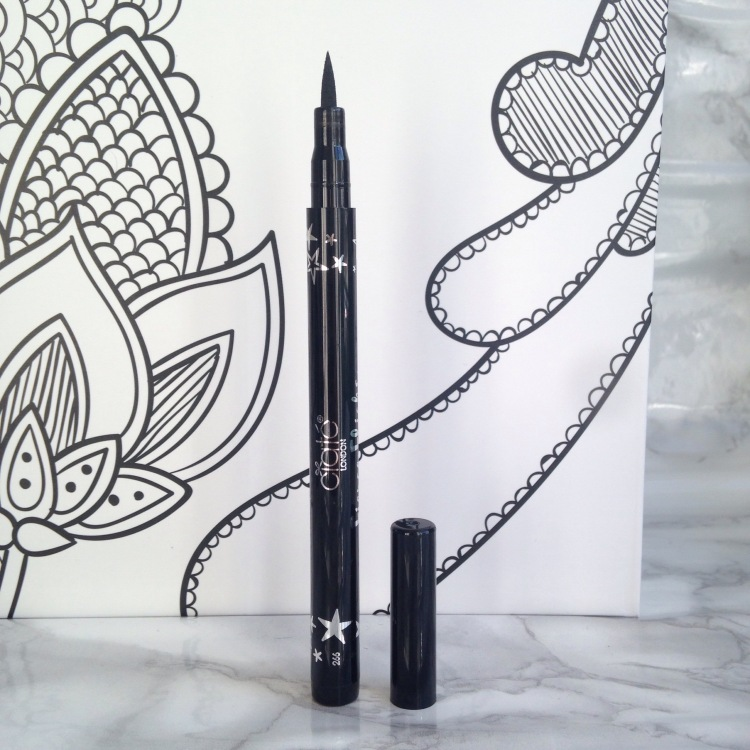 Glossybox Arty Septembre 2017 Ciaté - Fierce Flicks Eye-Liner (17)
