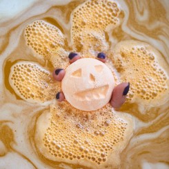 LUSH - Pumpkin Bath Bomb
