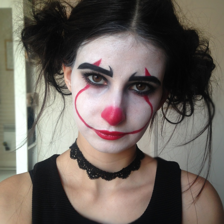 Makeup Halloween It Clown Inspiration (4).JPG