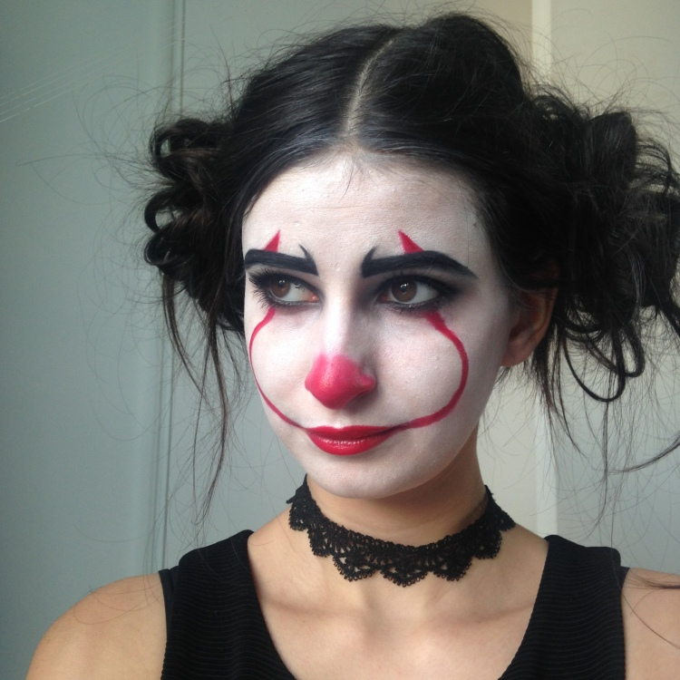 Makeup Halloween It Clown Inspiration (6).JPG