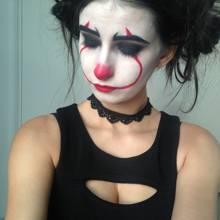 Makeup Halloween It Clown Inspiration (8)