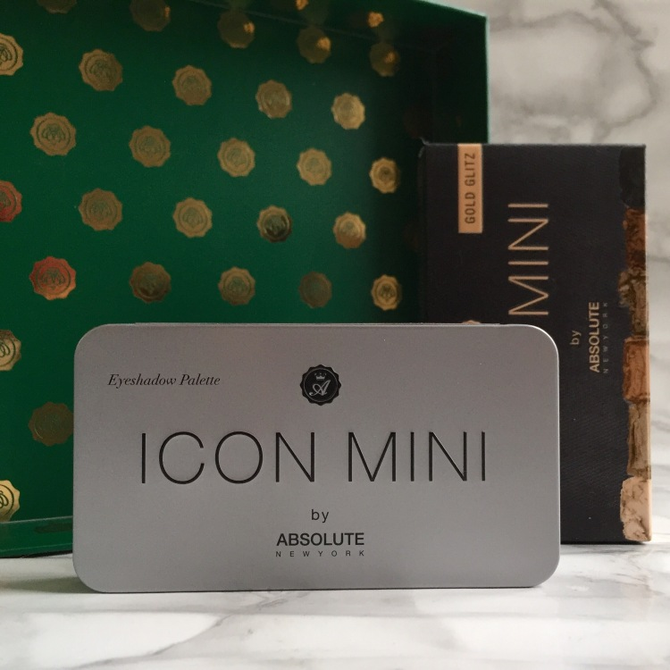 Glossybox Décembre 2017 Christmas Stars Palette yeux Icon Mini Absolute New York (1).JPG