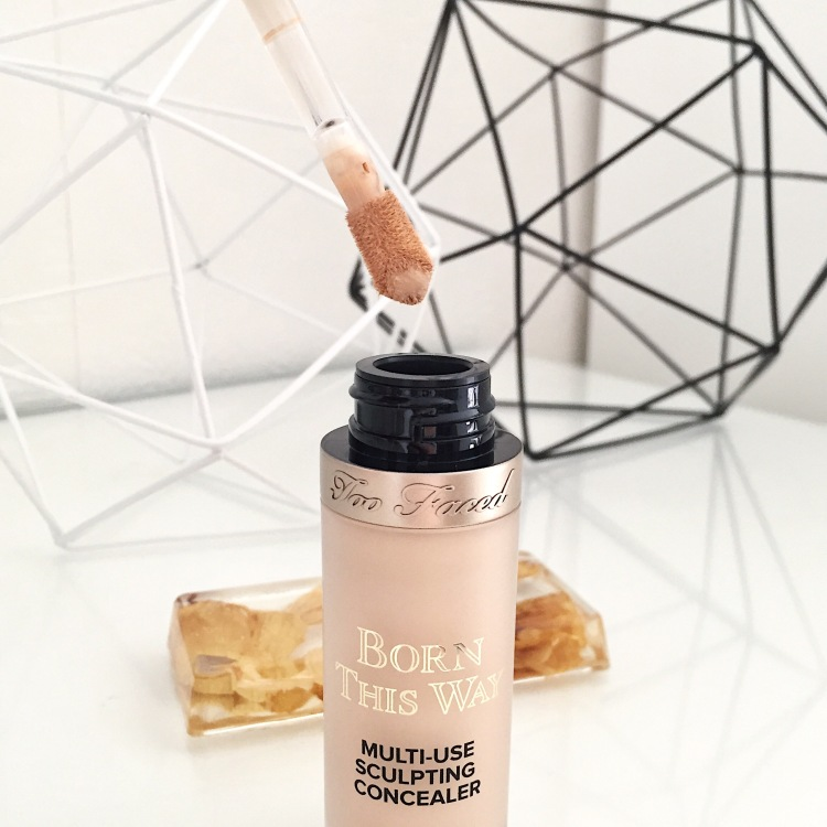 Born this way super-coverage multi use sculpting concealer de Too Faced (6).JPG
