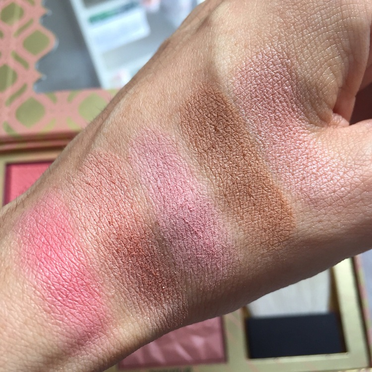 Palette Blush Bar de Benefit Swatchs.JPG