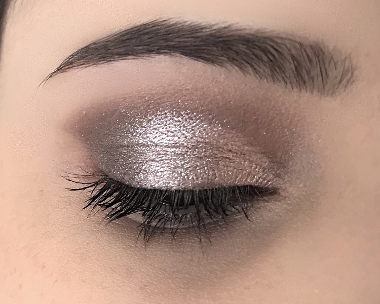 Maquillage avec Sultry d'Anastasia Beverly Hills.JPG