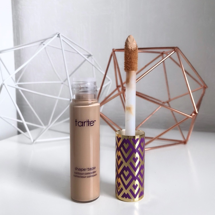 Anticernes Shape Tape de Tarte (2)